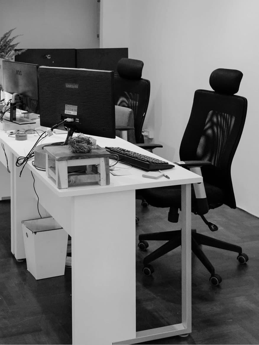 office_c.jpg